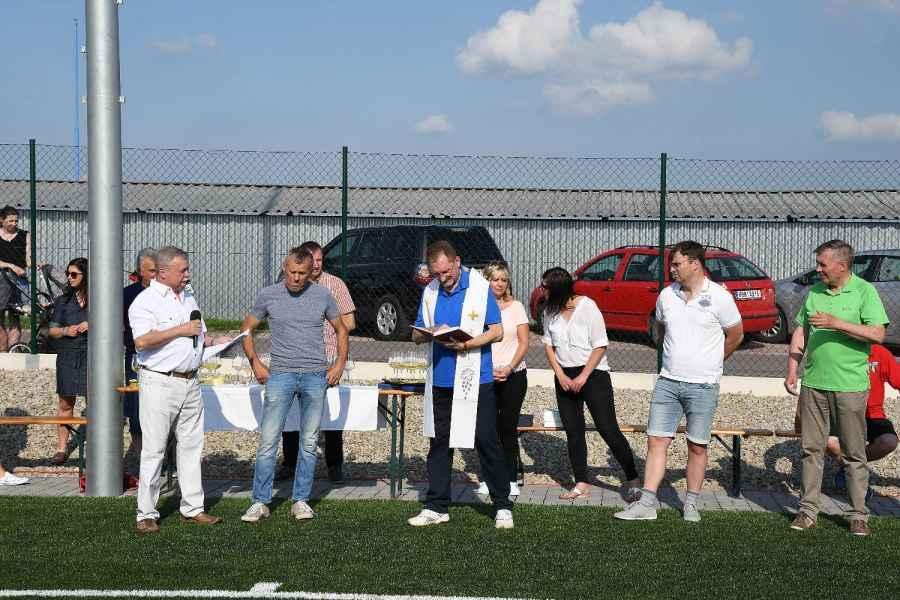 Posvěcení fotbalového hřiště a turnaj sponzorů v Tasovicích