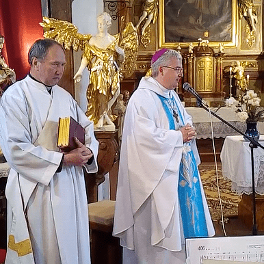 Setkání kněží s biskupem Pavlem Konzbulem