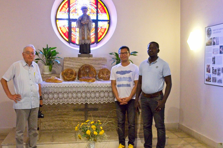 Redemptoristé z provincií St. Clemens, Indonézie a Západní Afriky navštívili Tasovice